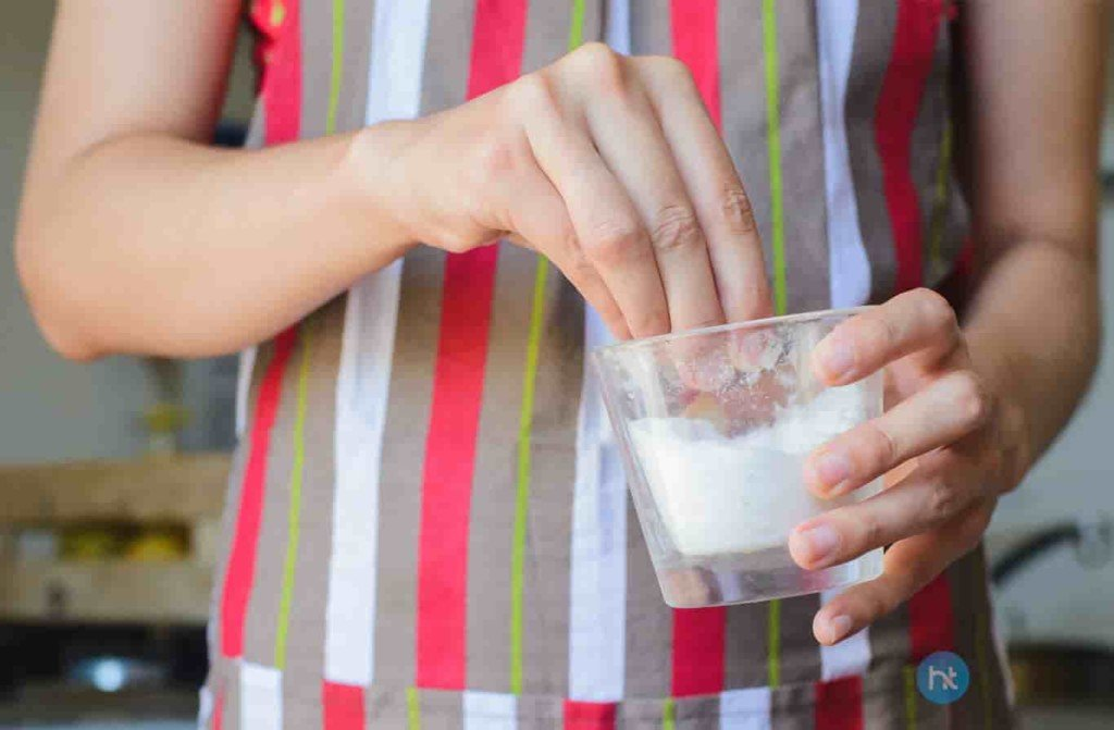 cara mengusir tokek dengan Air Garam